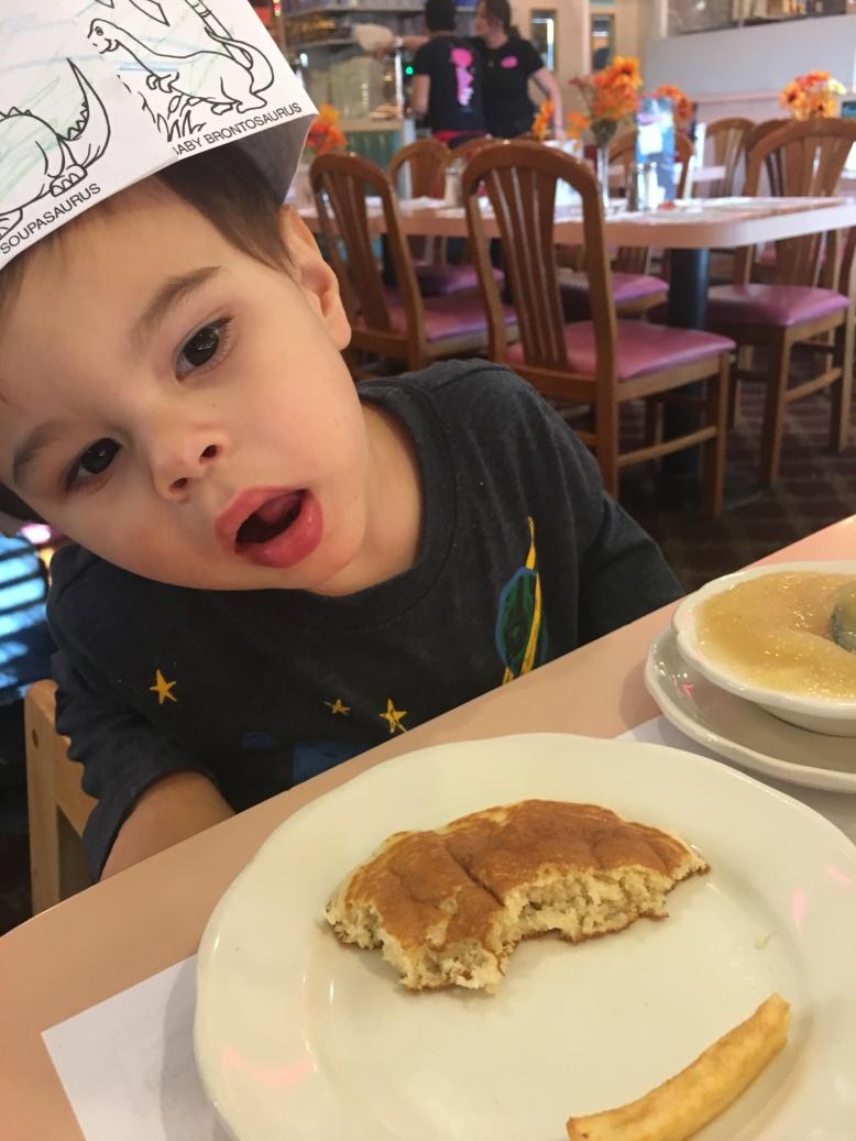 mateo-pancakes